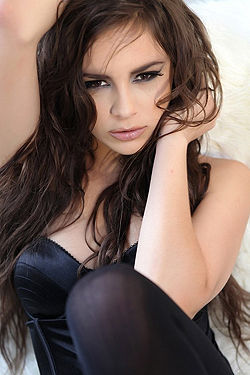 Beauty Brunette Nina James