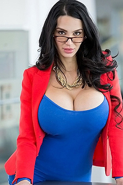 Amy Anderssen Huge Boobs