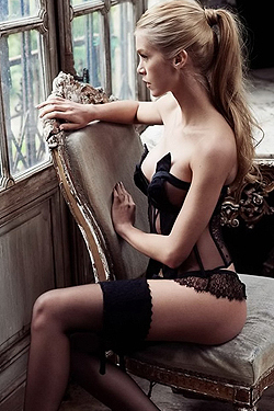Sexy Celeb In Lingerie