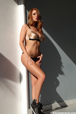 Smiley Redhead Beauty Leanna Decker 03