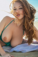 Smiley Redhead Beauty Leanna Decker 06